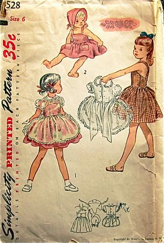 Simplicity 3528, copyright 1951. Listing at vntage sewing wiki.